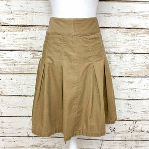 Sz 8 American Eagle Khaki Corduroy Pleated Skirt